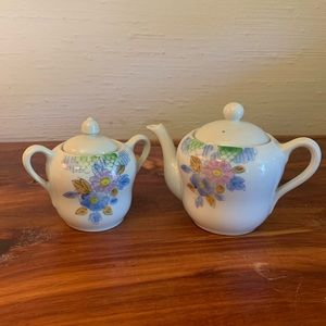 Vintage sugar and creamer